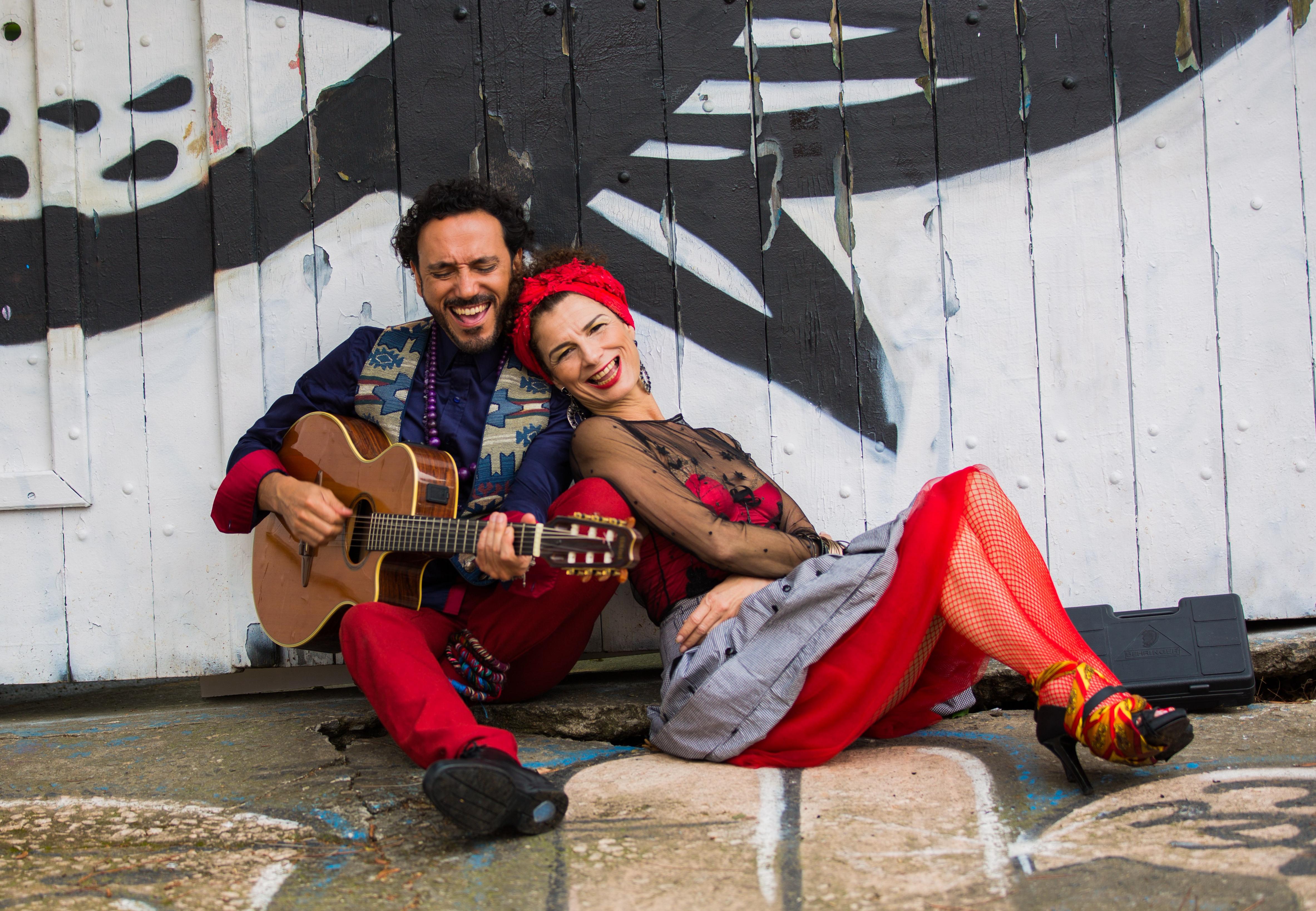 Tatiana Cobbett e Marcoliva - Sonora Parceria